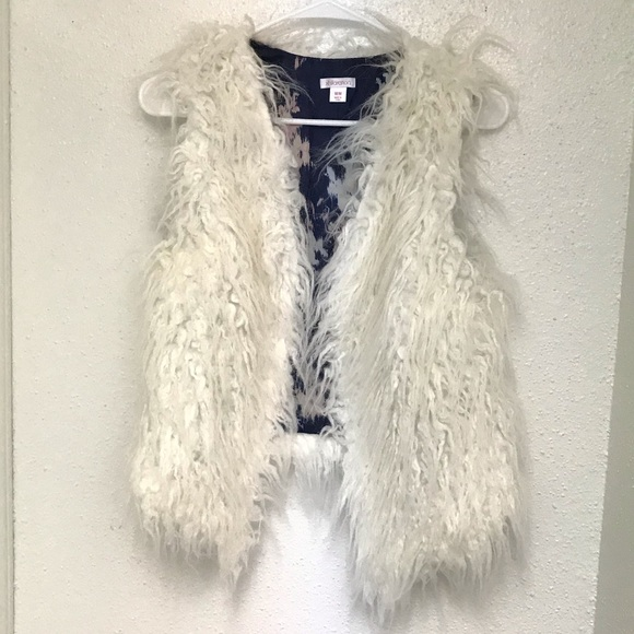 Xhilaration Jackets & Blazers - Sleeveless Faux Fur Vest